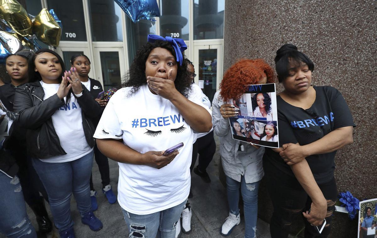 Louisville seeks US review of police killing of black woman