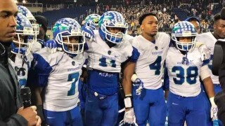Despite 42-14 loss to Akron Archbishop Hoban, Winton Woods players are grateful for their journey