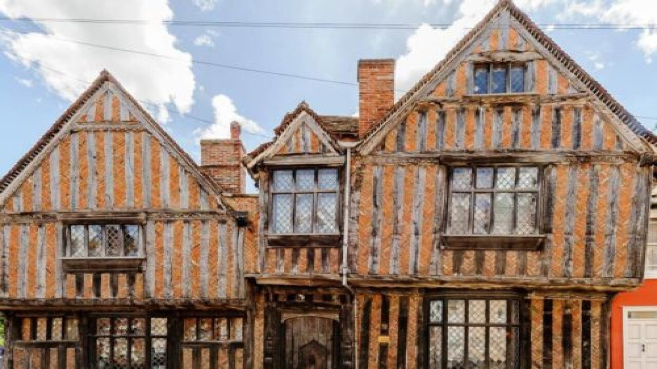 You Can Now Rent Harry Potter's Childhood Home On Airbnb
