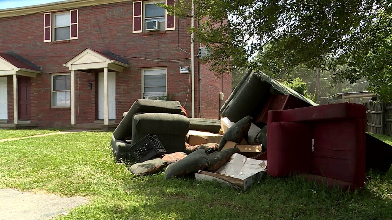 Councilman calls on city residents to join fight to keep neighborhoodsclean