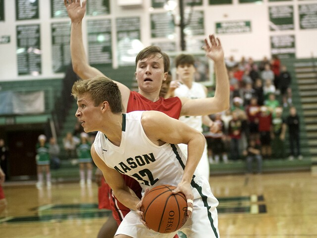 Mason basketball beats Lakota West 68-34