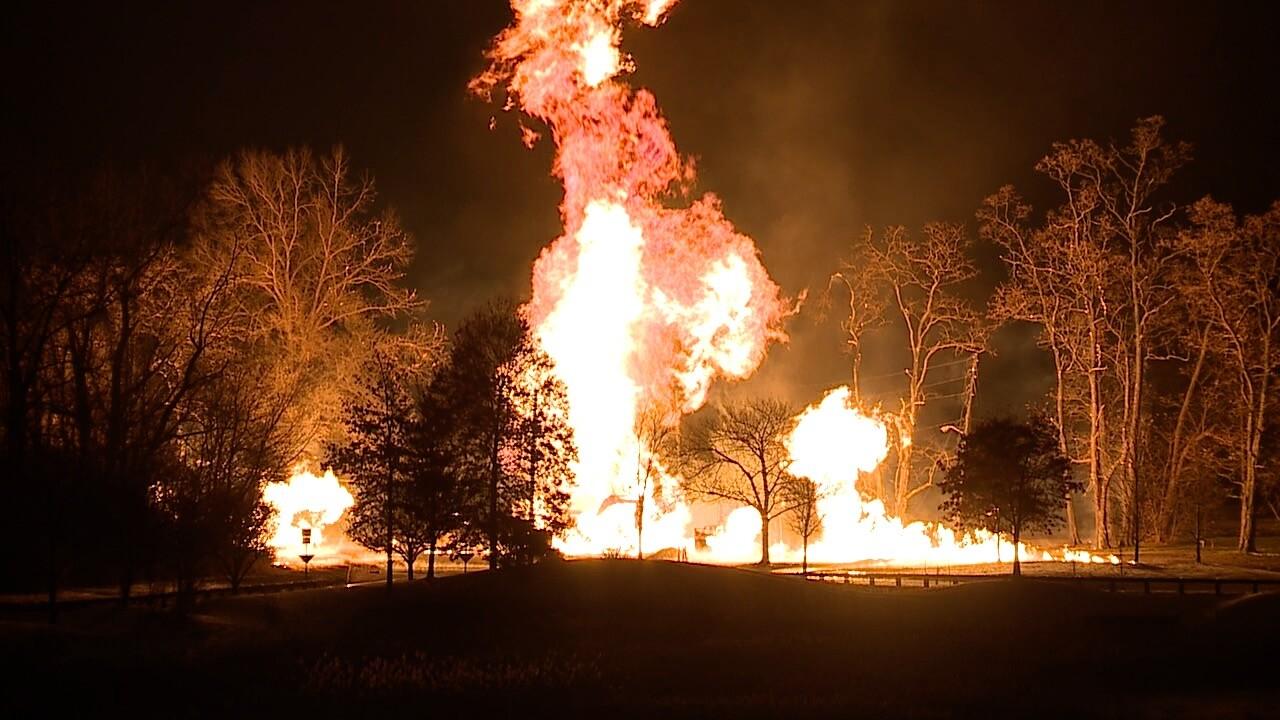 Gas fire.jpg