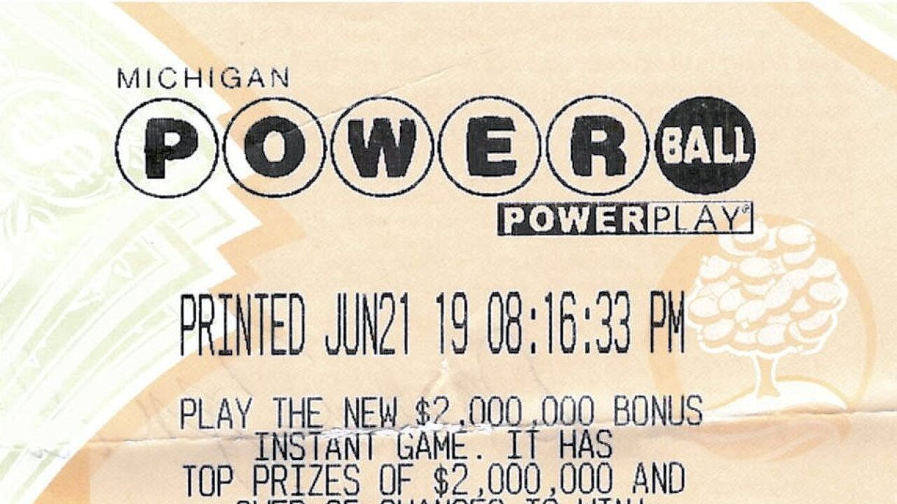 She Forgot Her 1m Winning Powerball Ticket At A Shelby Township Gas