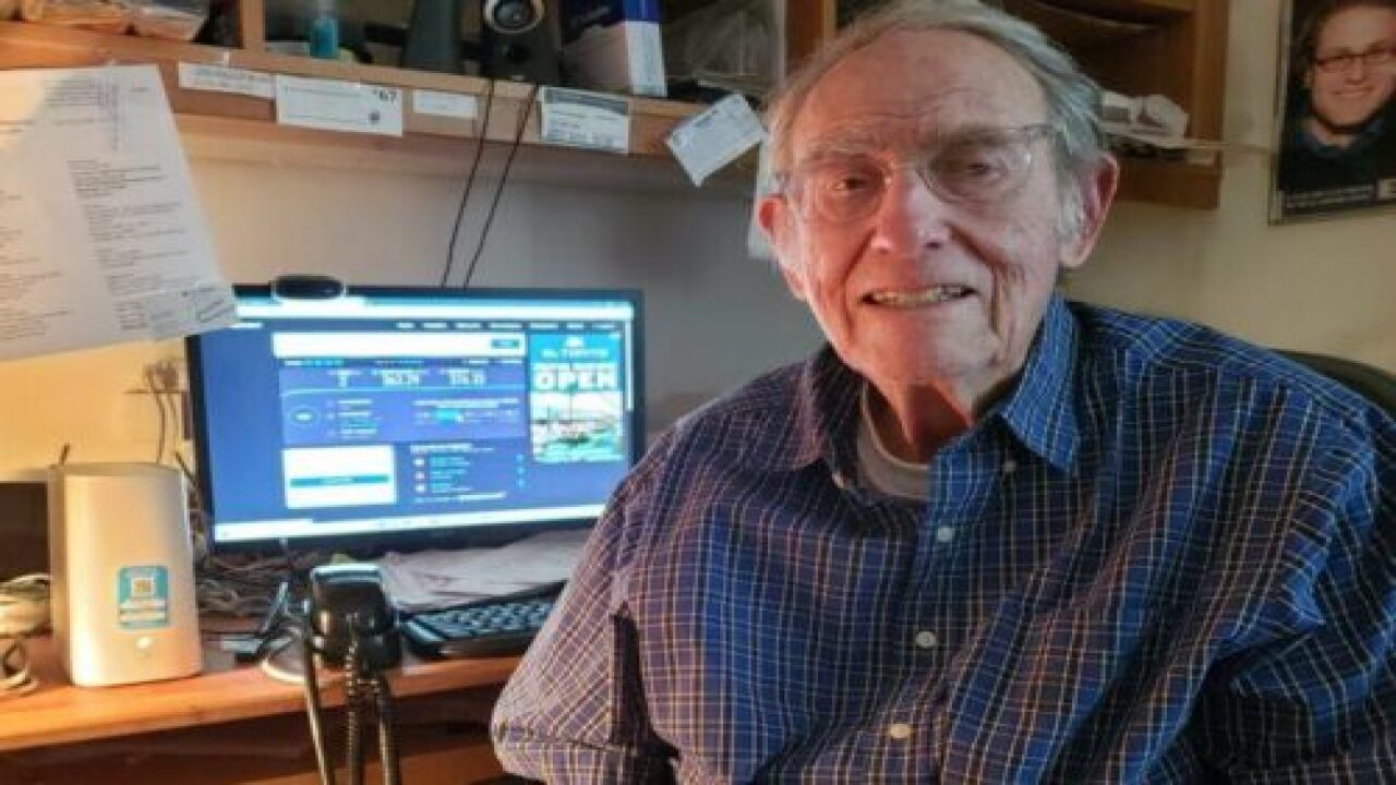 90-year-old Man Spent $10,000 On Ads To Tell AT&T CEO About His Slow Internet Service
