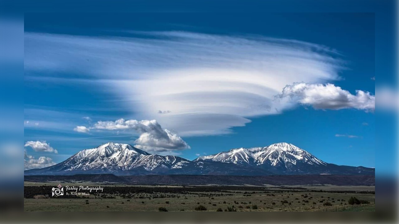 Spanish Peak Lenticular Cloud Farley Photography.jpg