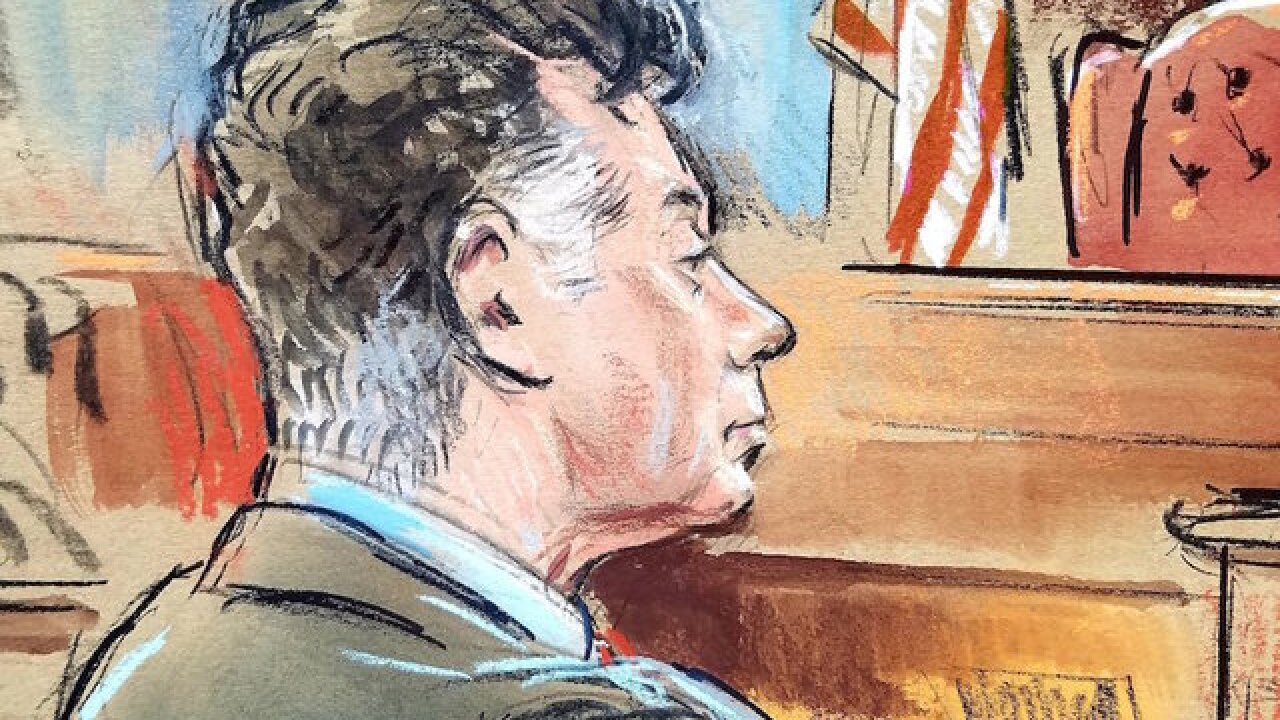 Judge admits error in Manafort trial