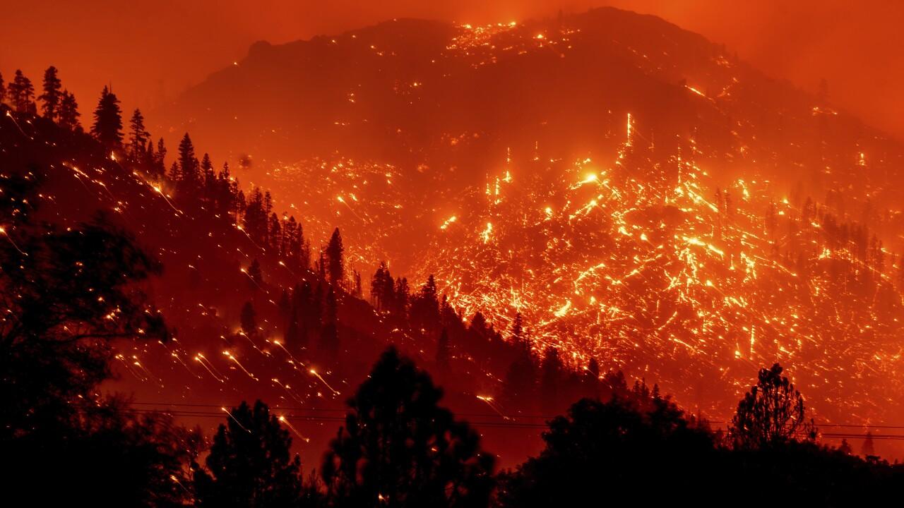 APTOPIX California Western Wildfires