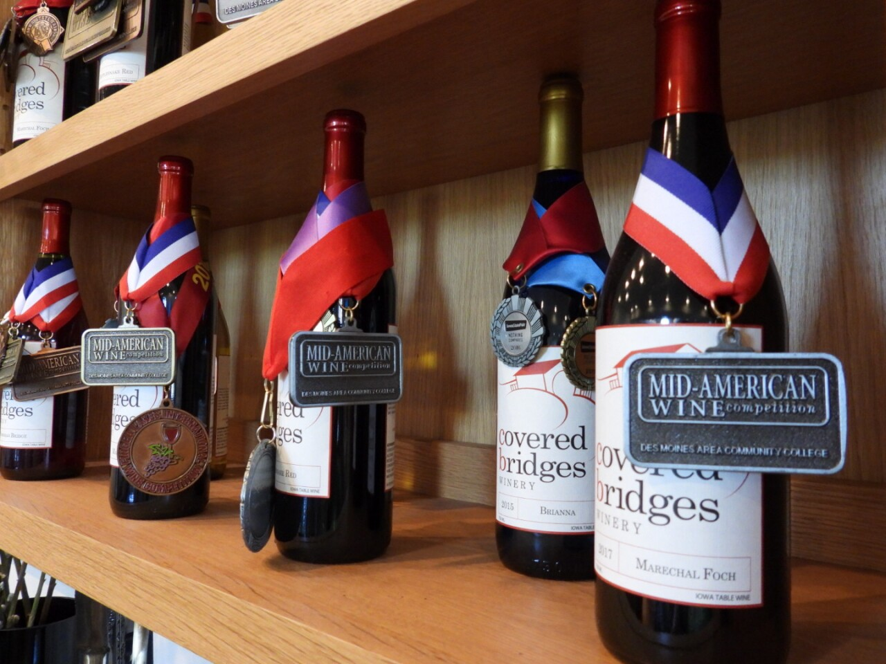 Award-winning wines at Covered Bridges Winery