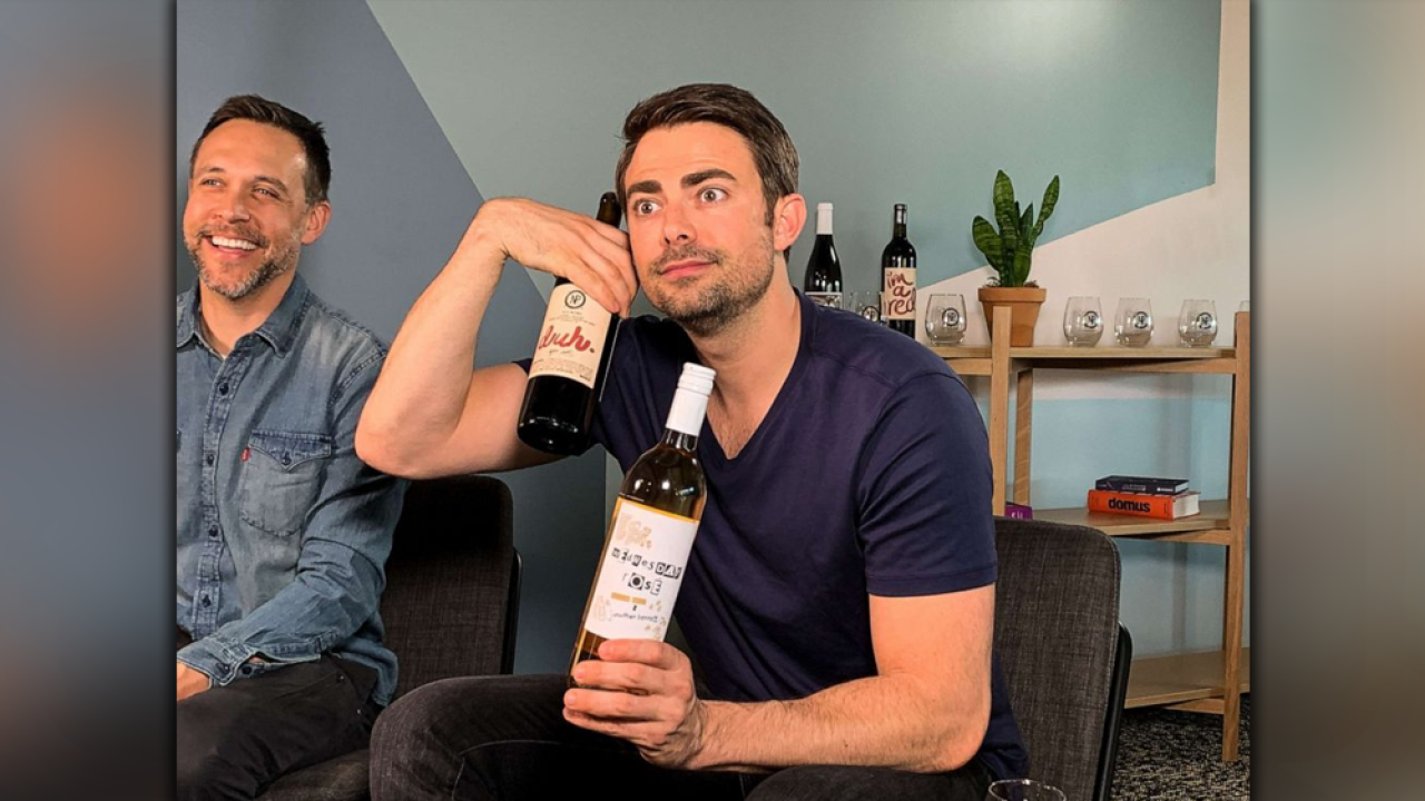 Actor-Jonathan-Bennett-with-the-Nocking-Point-bottles.png