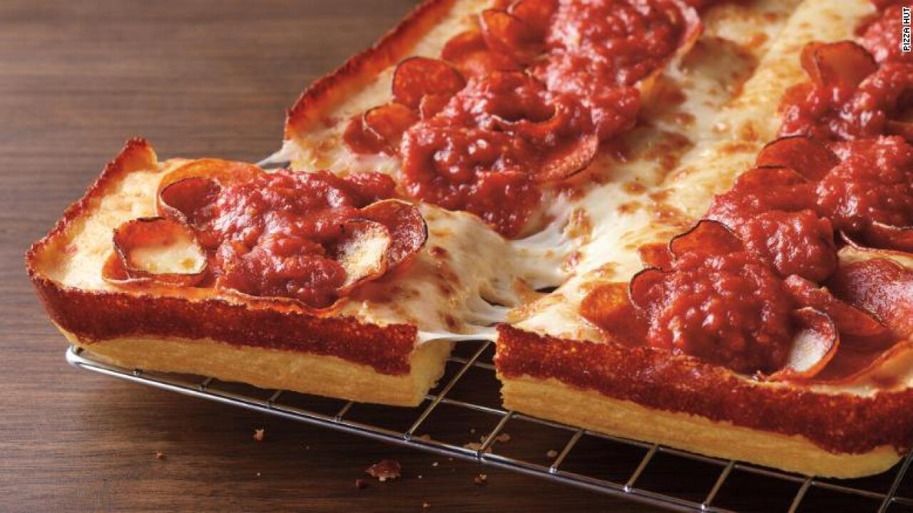 Pizza Hut Detroit-style pizza.jpg
