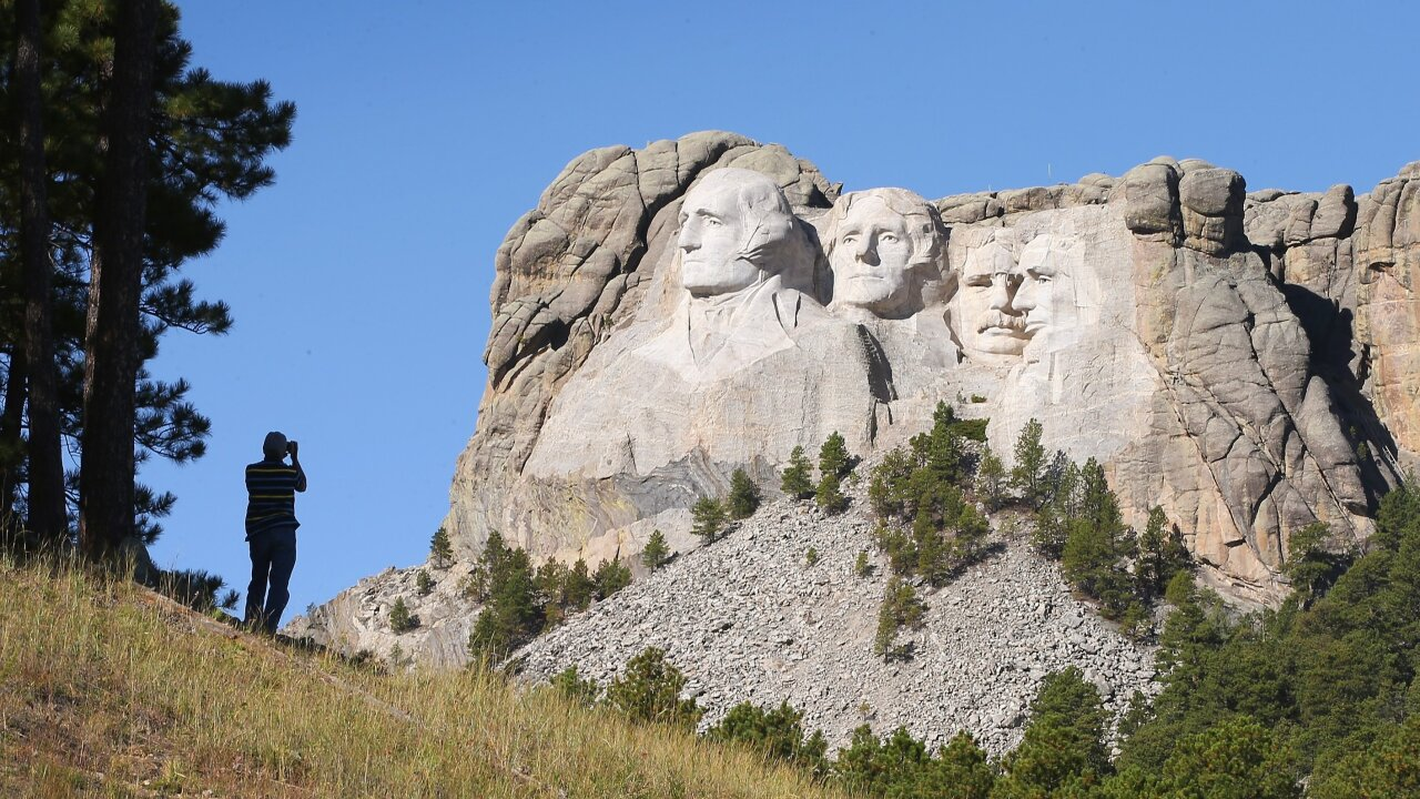 Trump July 3 trip to Rushmore draws criticism