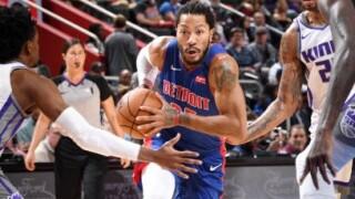 Derrick Rose, Reggie Jackson lead Pistons to rout of reeling Kings