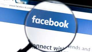 Facebook takes Thanksgiving nap, website goes down nationwide