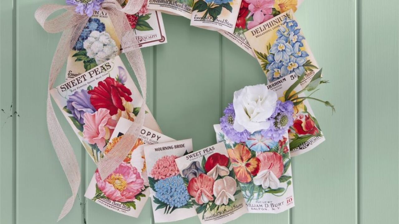 seed-packet-wreath-diy-summer-craft-1557171414.jpg