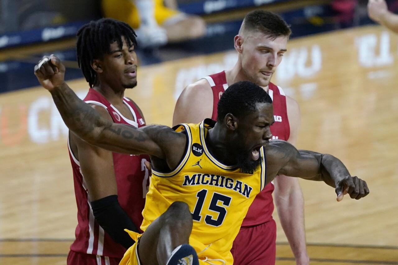 Michigan basketball beats Wisconsin by 23