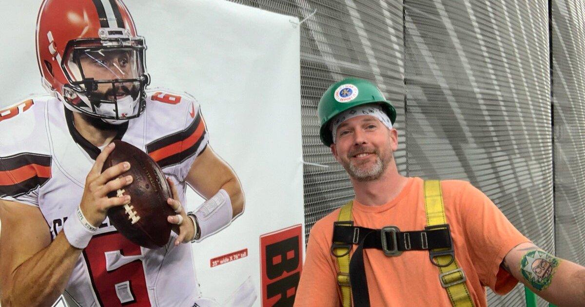 Browns fan upgrades Baltimore Ravens stadium