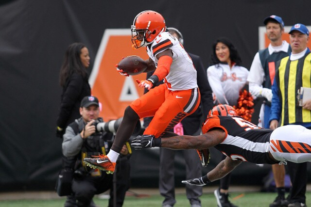 IMAGES: Cleveland Browns beat Bengals, 35-20
