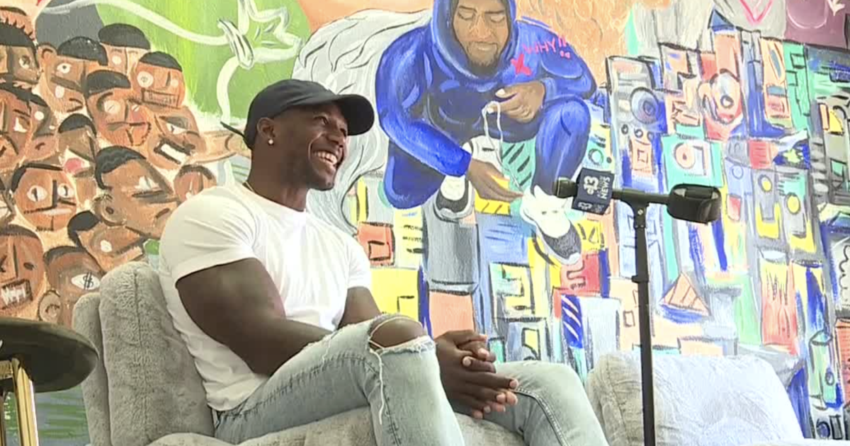 Photo of Vegas Stronger Champion: Millennial entrepreneur Dontae Scott rolls up sleeves to build the …