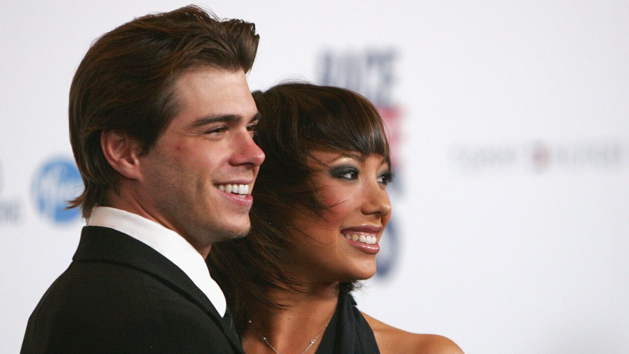 'DWTS' pro Cheryl Burke marries Actor Matthew Lawrence