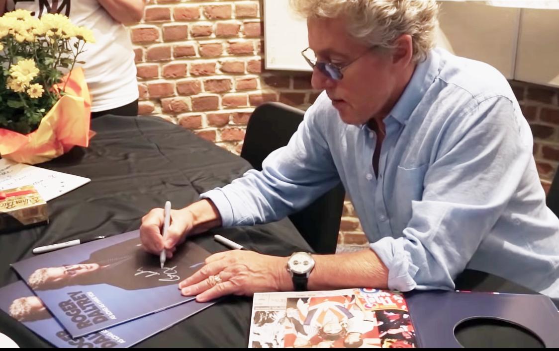 Roger Daltrey autographs memorabilia .png