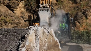 Rattlesnake Dam demolished in just hours to improve fish habitat