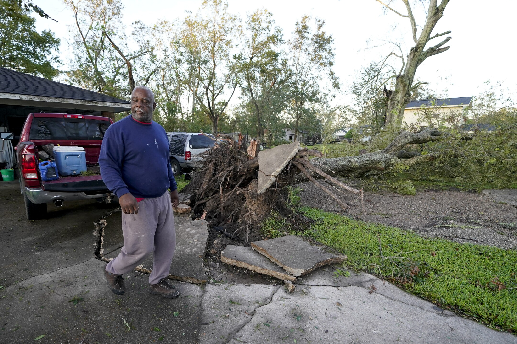PHOTOS: Louisiana assesses damage caused by Hurricane Delta