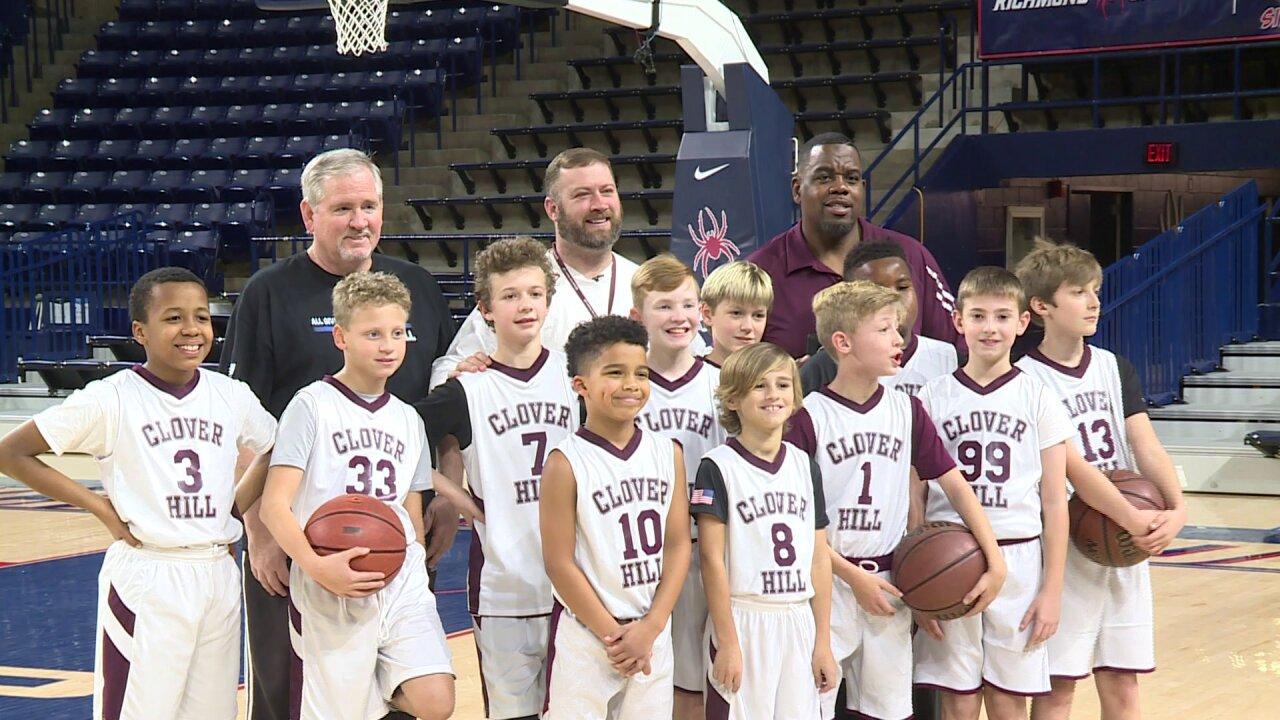 Watch Crime Insider Jon Burkett coach kids basketball at Robins Center: 'The kids lovehim'