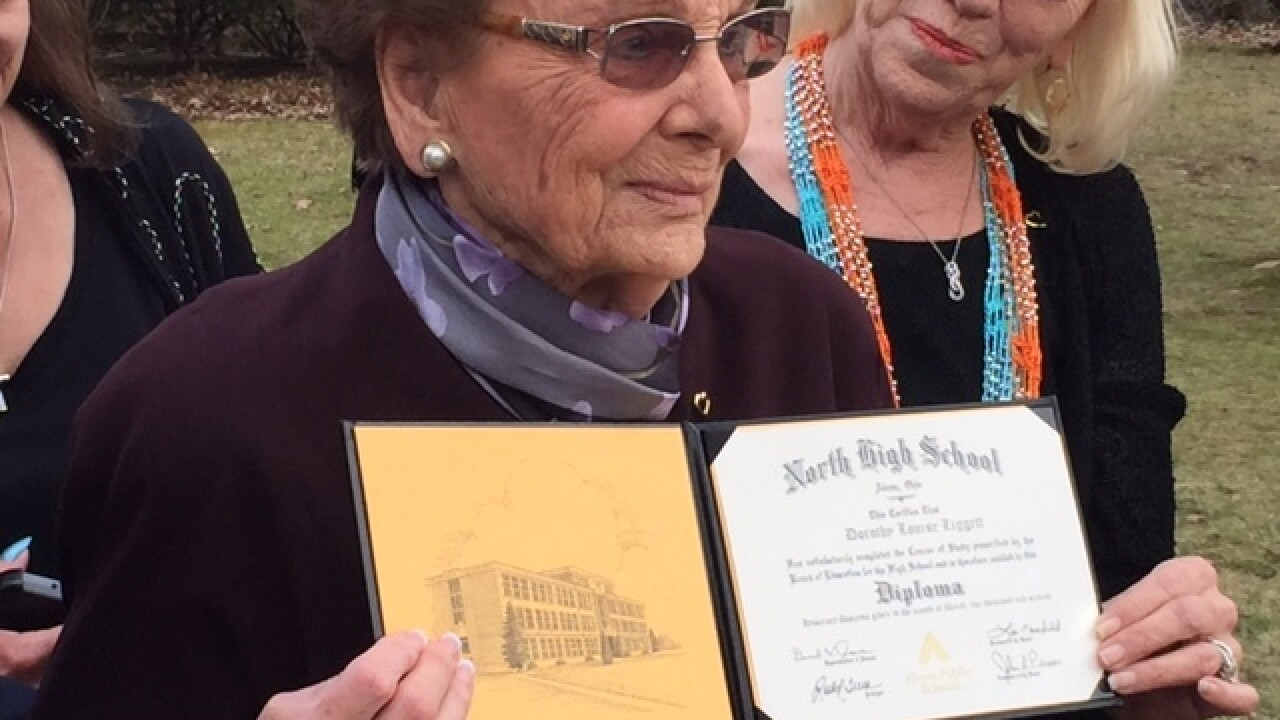 Ohio woman, 93, receives high school diploma