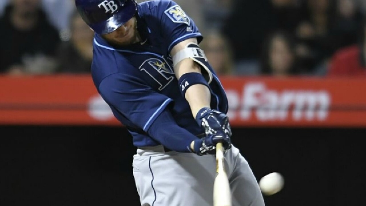 C.J. Cron homers vs. former teammates, Tampa Bay Rays rout Los Angeles Angels 7-1