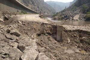 i-70 glenwood canyon repair operations_august 10 2021.jpeg
