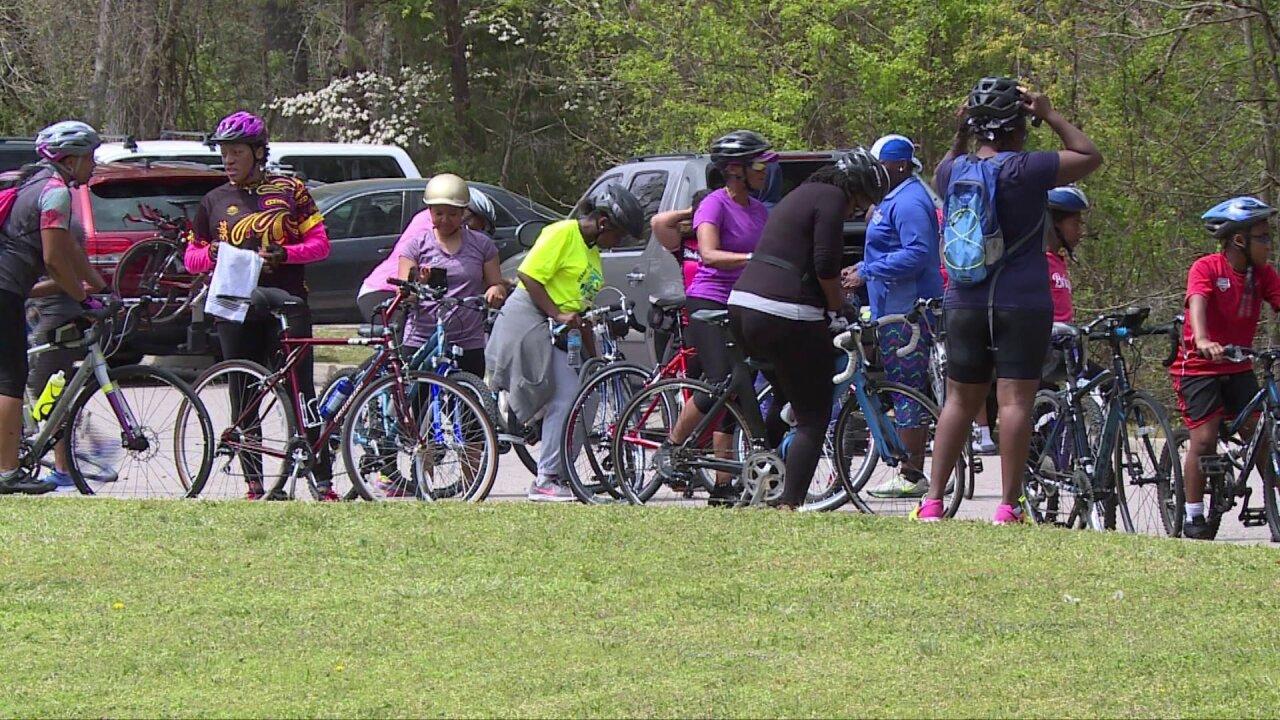 How 'Black Girls Do Bike' group inspireswomen