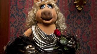 Miss Piggy muppet show