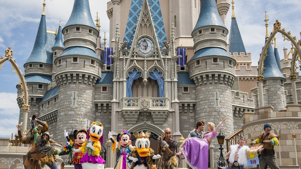 Disney World closes due to Hurricane Matthew