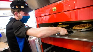 Domino's Pizza looking to fill more than 20,000 positions nationwide