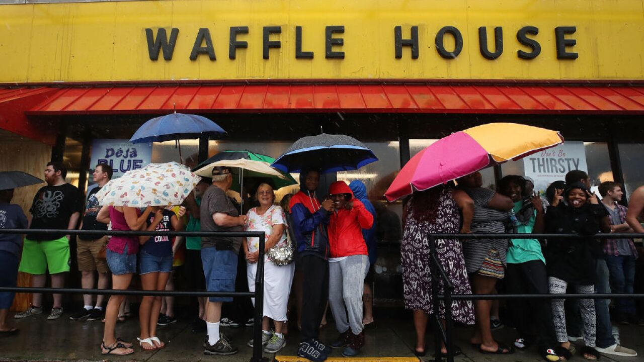 When a Waffle House was short on staff, customers jumped behind the counter to help out