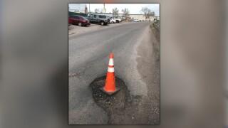 s platte dr pothole.jpg