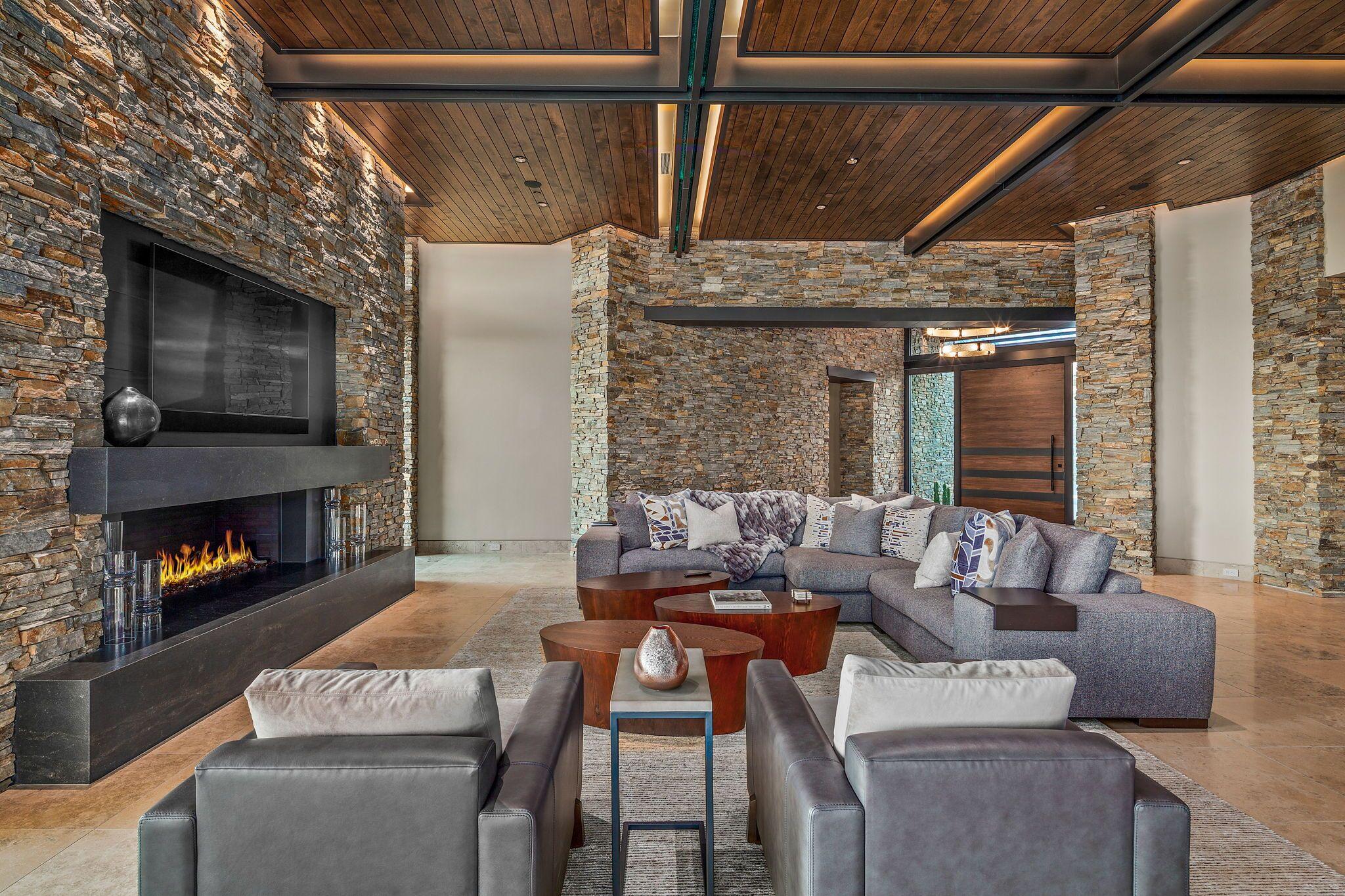 9300+E+Grapevine+Pass+Scottsdale-10-WebQuality-Living+Room+To+Entry.jpg
