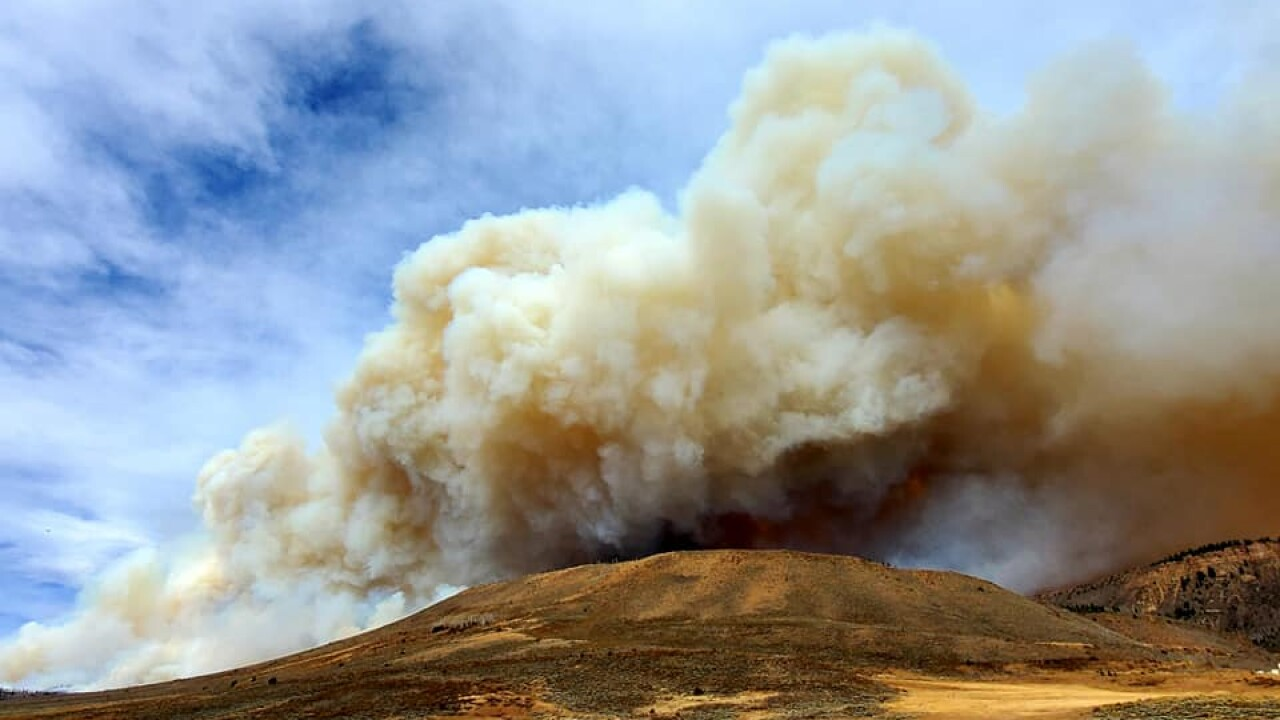 East Troublesome Fire nears 20K acres as strong winds move in Wednesday