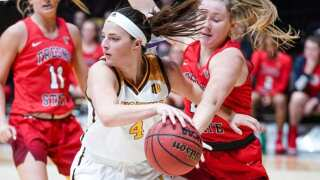 Wyoming Cowgirls' 9-game win streak snapped by Fresno State, 64-62