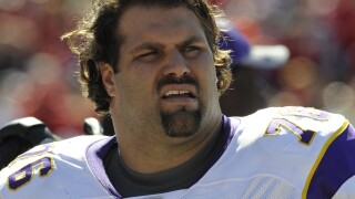 Steve_Hutchinson_Minnesota Vikings v Tampa Bay Buccaneers