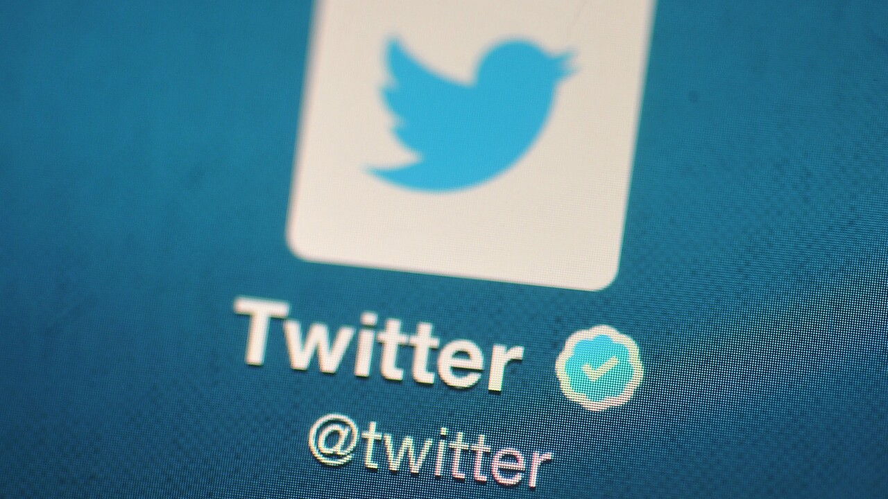 Twitter to label tweets of rule-breaking politicians