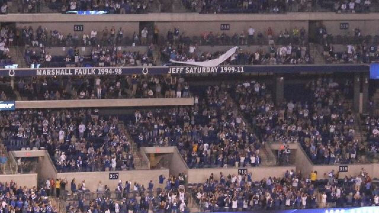 Colts induct Jeff Saturday into Ring of Honor