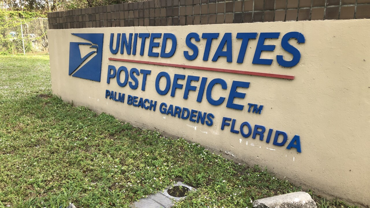 United States Post Office in Palm Beach Gardens, Florida