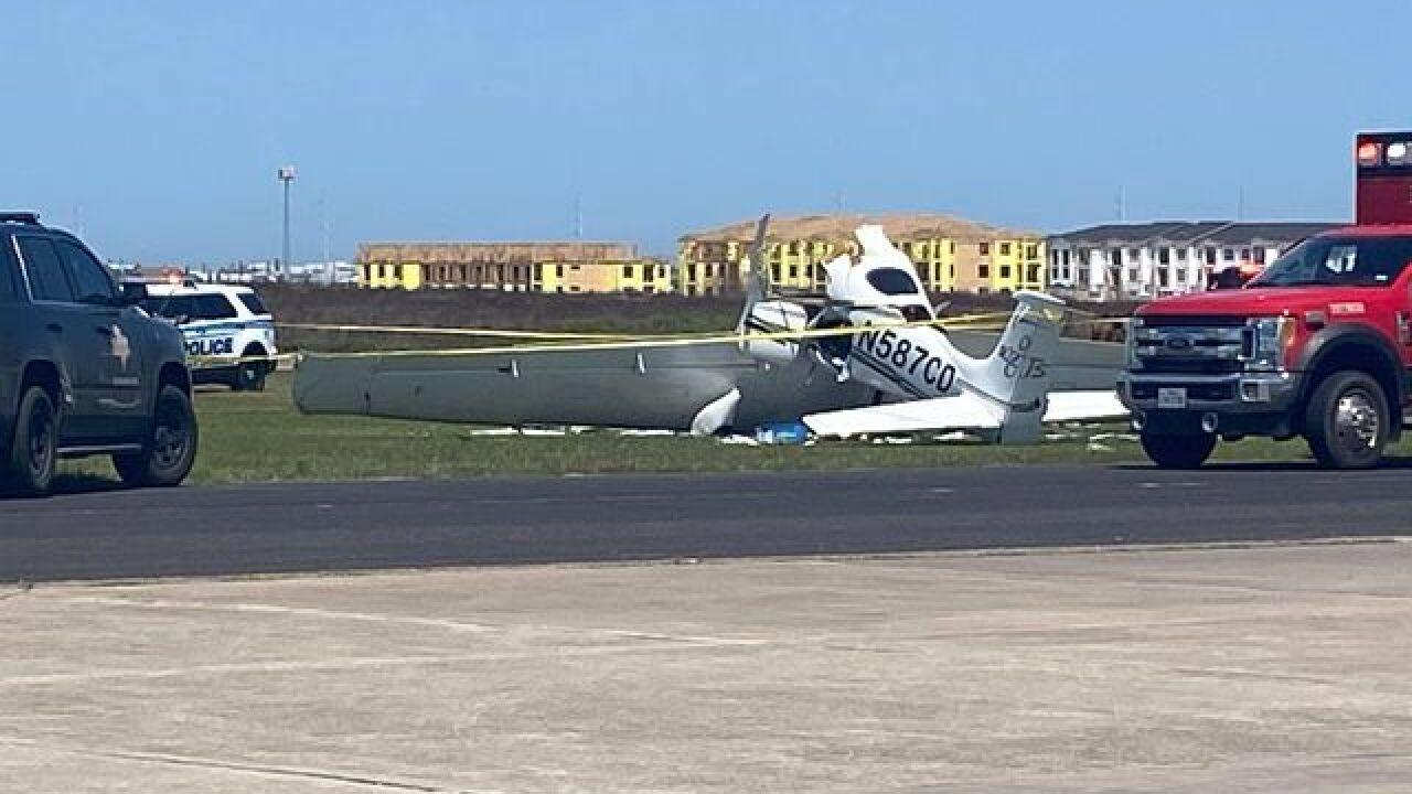 Mustang Beach airport crash.jpg