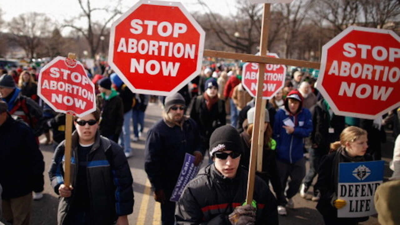 Threats to abortion clinics increased in 2015