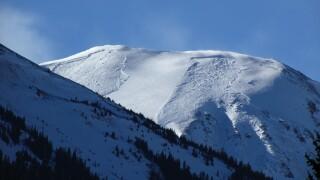 jones pass avalanche december 2020