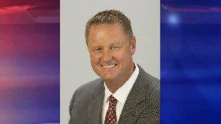 Mitt Romney endorses Ahlquist for Idaho governor