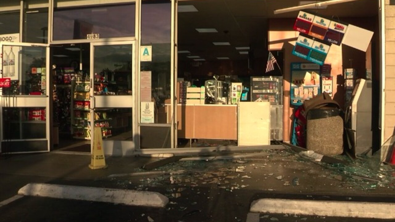 Car slams into front of Pacific Beach 7-Eleven