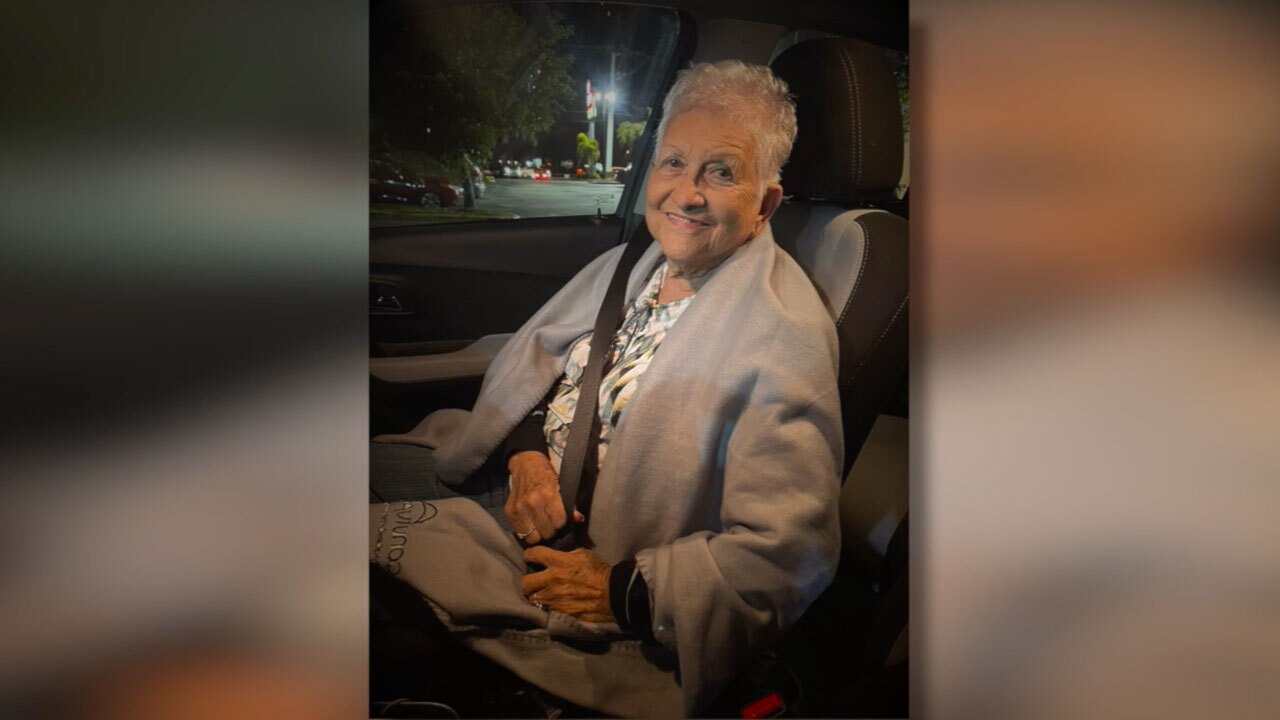 Angel Melendez Olavarria's mother, died from COVID-19