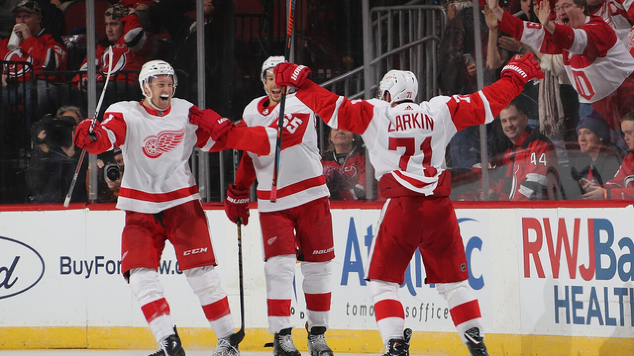 Dylan Larkin scores in OT as Red Wings beat Devils